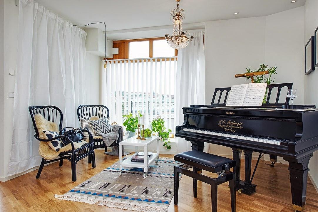 d couvrir l 39 endroit du d cor l 39 espace autour du piano. Black Bedroom Furniture Sets. Home Design Ideas