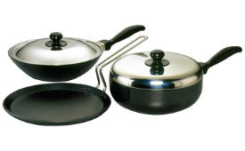 Hawkins Futura Non-Stick Cookware Set of 3 For Rs 2200 (Mrp 3415) at Amazon deal by rainingdeal.in