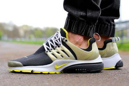 sale retailer 4452a 6cb9c De Nike Air Presto is namelijk ontworpen met de pasvorm van een T-Shirt in  het achterhoofd. De designers wilden een sportieve schoen die aanvoelde als  een ...