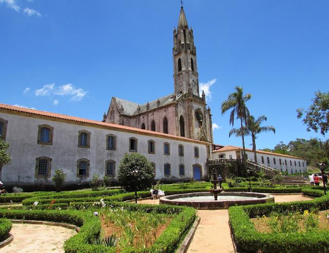 Tudo sobre o Santuário do Caraça em Minas Gerais