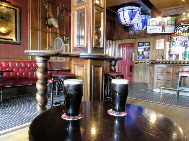 What to do in Belfast: Have a pint of stout at Katy's Bar