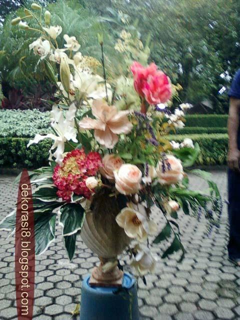 Pusat Dekorasi Rangkaian Bunga Vas