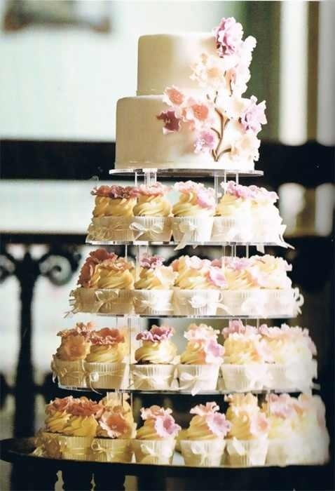 cupcake tower vs wedding cake the cake zone sweet battle continues cupcakes vs 13156