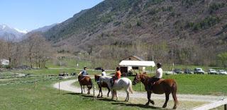 Paseo a caballo con Aventura Verda.