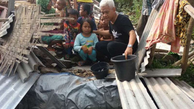 Pak Jokowi, Pengungsi Gempa Lombok Konsumsi Air Got
