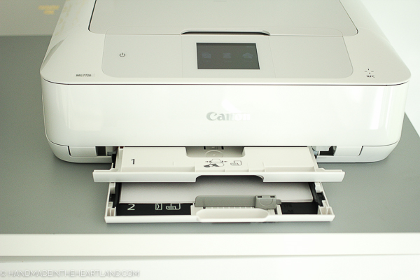 printing wirelessly is easy and fast even with big files on the canon pixma printer