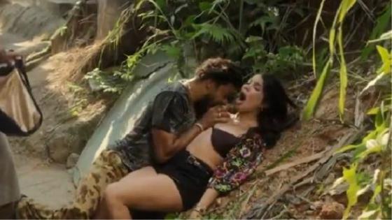 Nathalia Lima Verde Pelada No Filme A Frente Fria Que a Chuva Traz