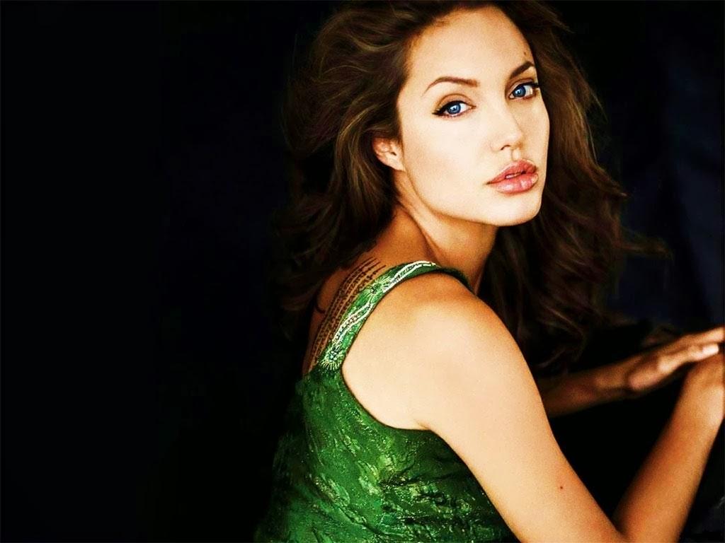 Angelina Jolie HD Wallpaper,Images,Pics - HD Wallpapers Blog