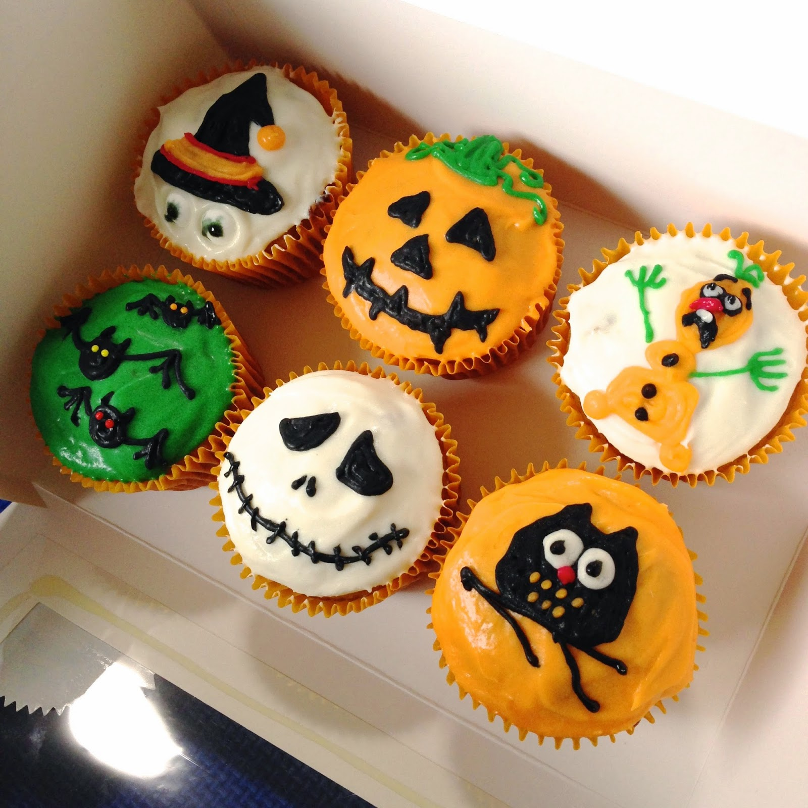 These Are From A Special With Pumpkin Cupcakes The Cupcake Did Last I Loved Scared Orange Olaf Haha