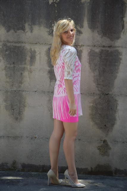 abito fucsia outfit abito  fucsia come abbinare un abito fucsia abbinamenti abito fucsia outfit giugno 2017 outfit estivi outfit estate 2017 mariafelicia magno fashion blogger italiane blog di moda