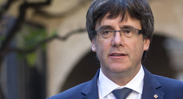 Carles Puigdemont y su Gobierno podrían exiliarse a Francia o Bélgica
