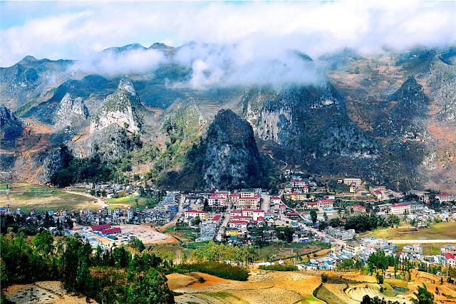 Dong Van Plateau- Urged for more Tourist Development Plans