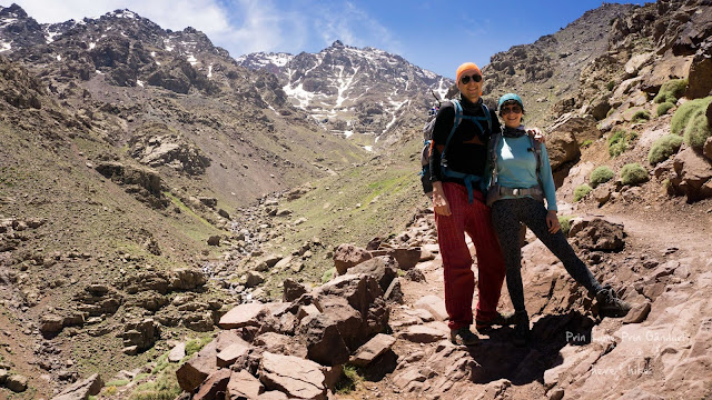 to toubkal peak atlas mountains path