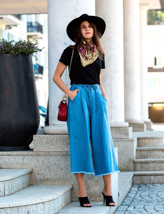 How to Wear Denim Culottes for Fall - Color U Bold