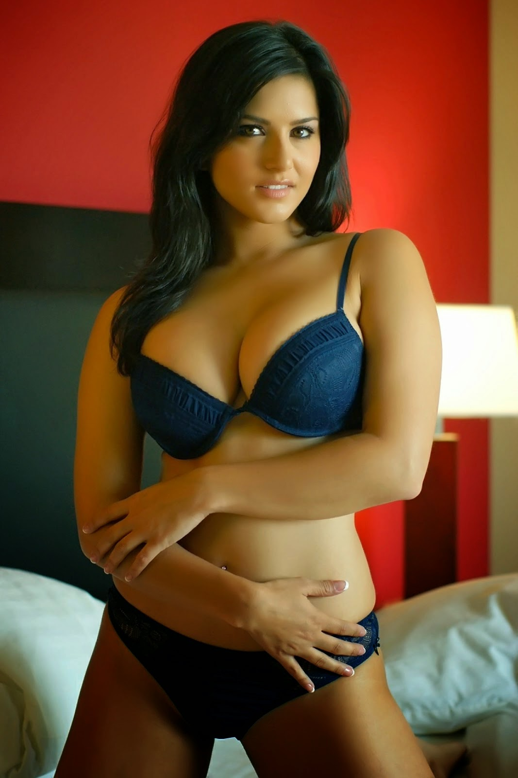 Sunny Leone Hot Images In Blue Bikini - Hot4Sure-3265