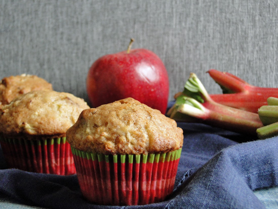 Rhubarb, Apple, Pecan Muffin Recipe