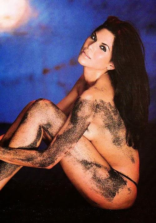 Joyce Giraud Nude 76