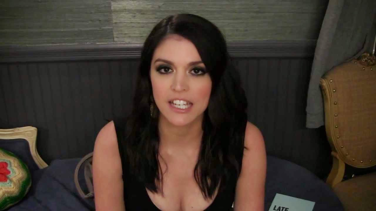 EBL: Cecily Strong Rule 5