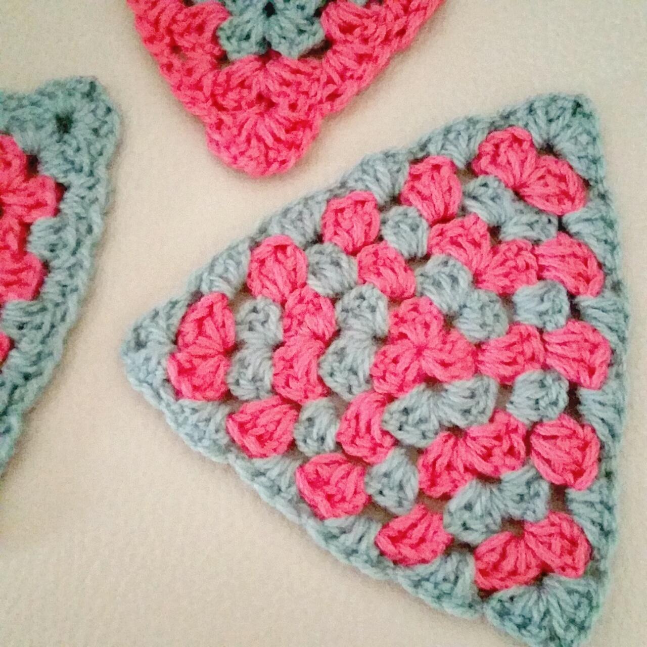 triángulos granny a crochet - ahuyama crochet