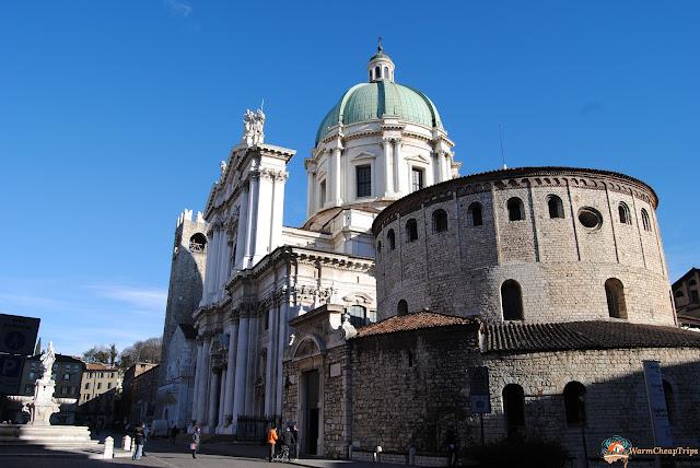 Brescia cosa vedere, cosa vedere a brescia, brescia città, visitare brescia, brescia centro, Piazza Duomo Brescia, Piazza Paolo VI