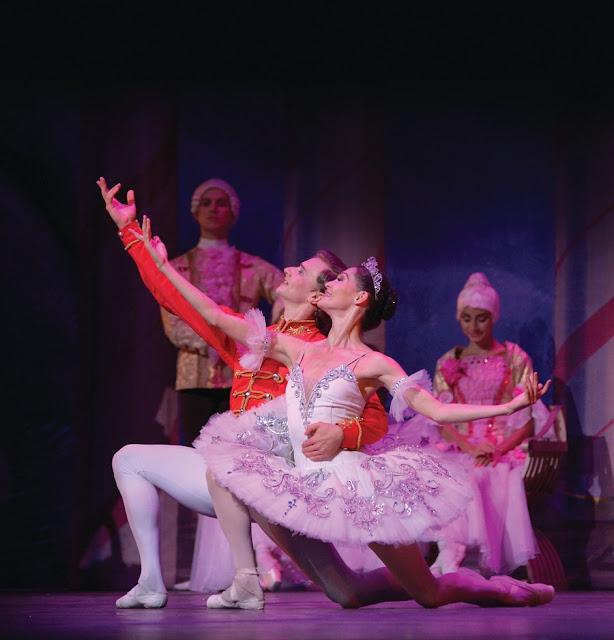 Quebra-nozes-bailarinos-russian-classical-ballet