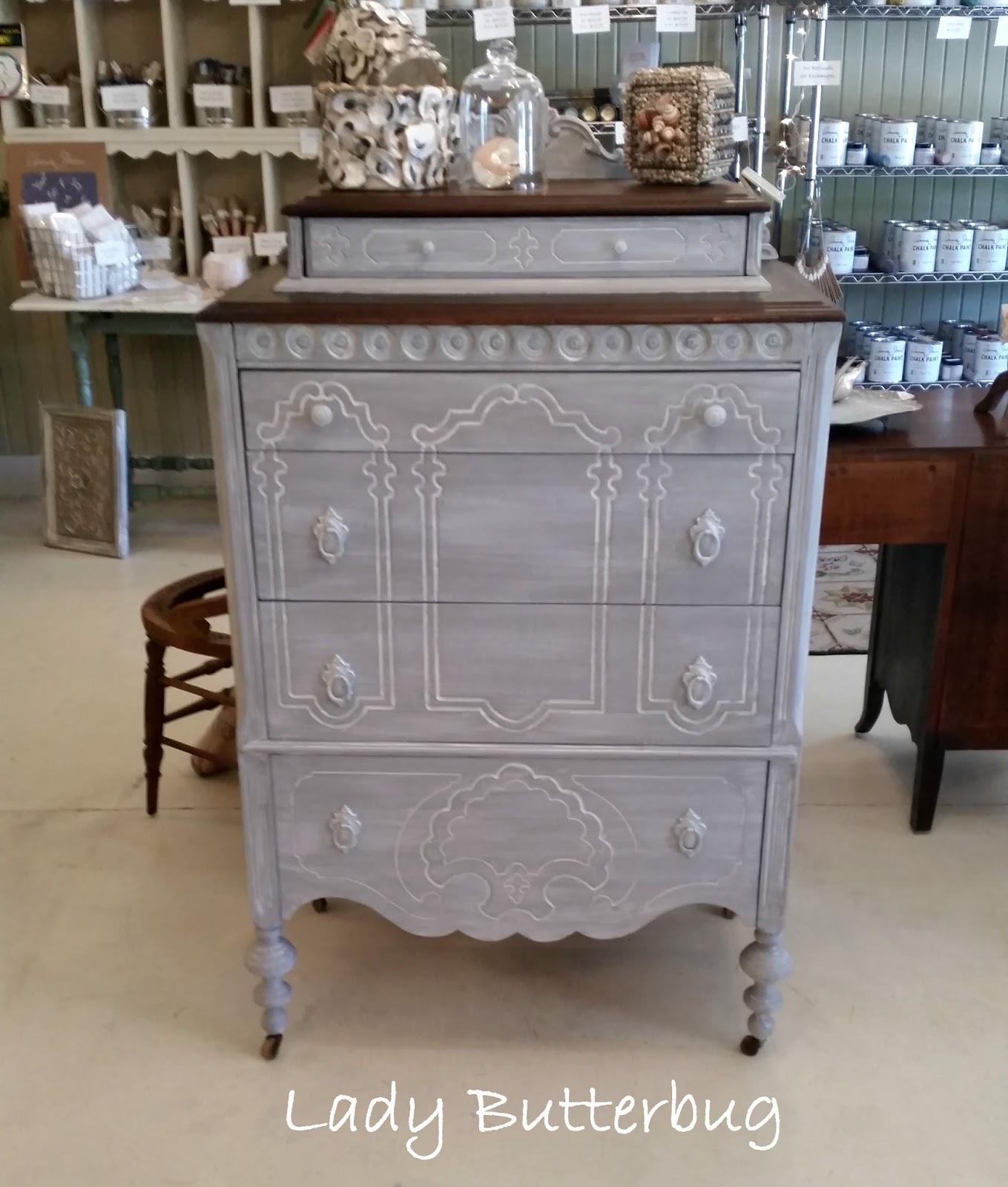 chalk paint dresser with scumble glaze lady butterbug. Black Bedroom Furniture Sets. Home Design Ideas