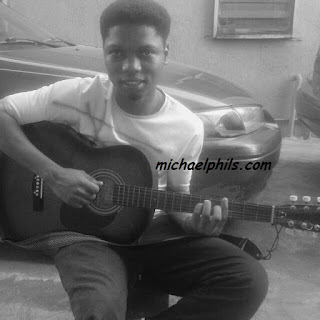 guitarist playing glorious God by Elijah Oyelade