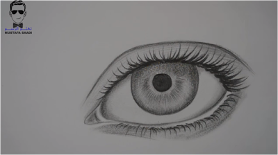 طريقة رسم العين بالرصاص