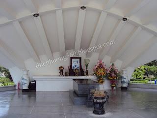 Khu lăng mộ Cụ Phó bảng Nguyễn Sinh Sắc