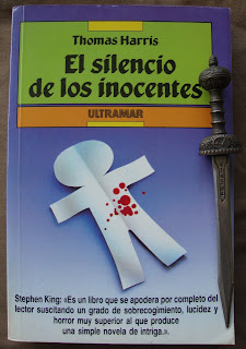 Portada del libro El silencio de los inocentes, de Thomas Harris