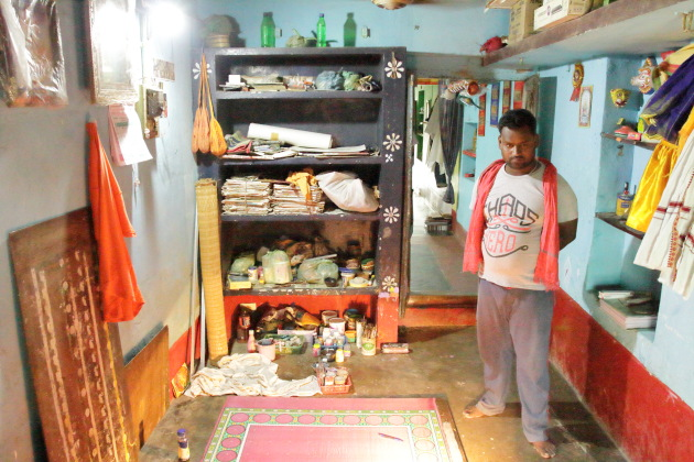 Inside the home of a Raghurajpur Chitrakaar