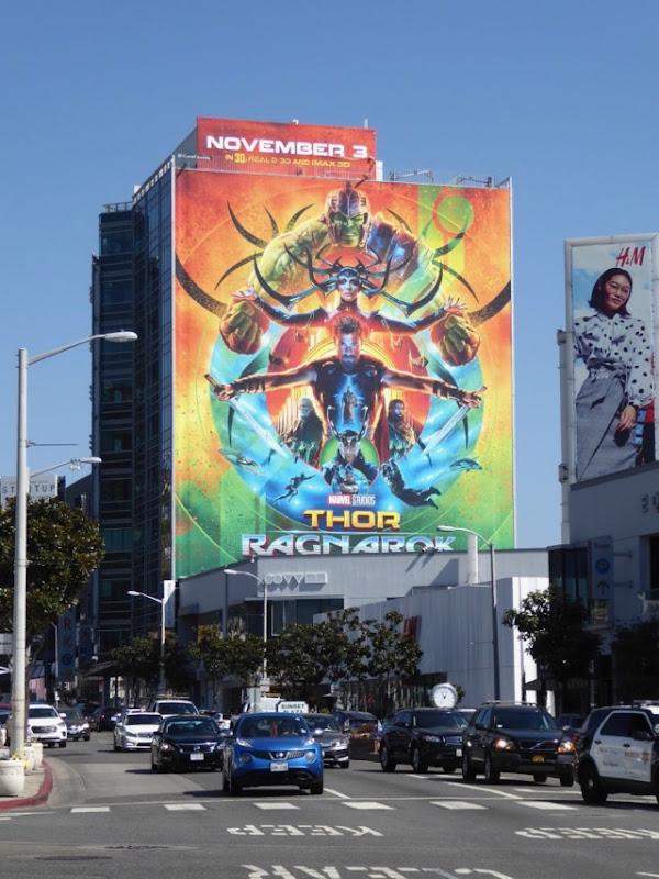 Thor Ragnarok film billboard