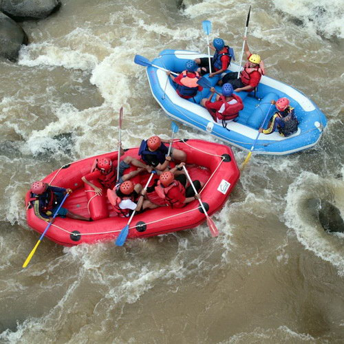 Tinuku Travel Serayu river rafting in Banjarnegara, the perfect adventure after visit Dieng Plateau in Wonosobo