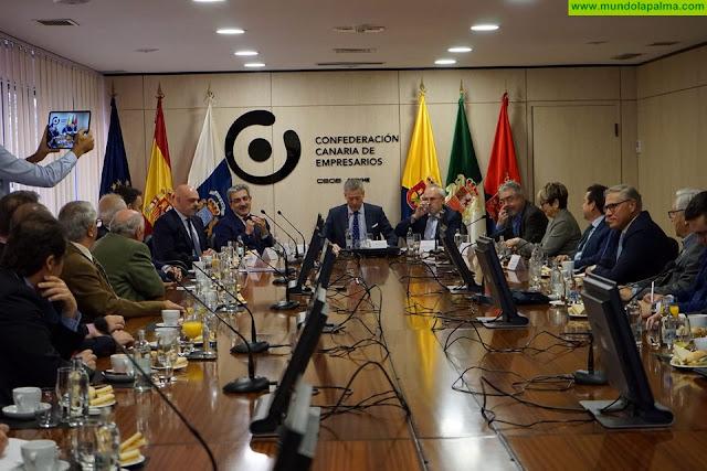 """Román Rodríguez: """"Hay que generar complicidades entre instituciones y agentes sociales para que crezcan la economía y el empleo"""""""