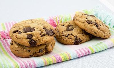 Cara Membuat Kue Chocochips Cookies Renyah