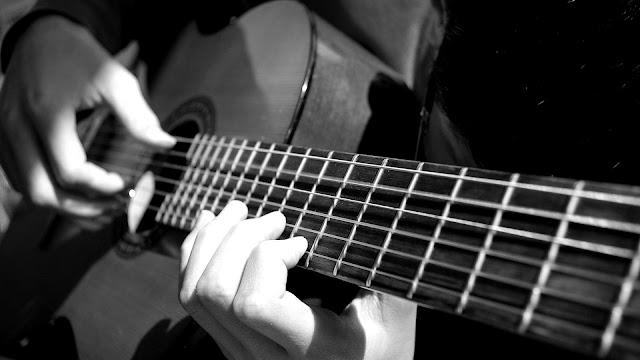 Chia sẻ một số khóa học về Guitar.