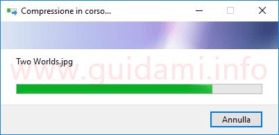 Windows 10 finestra di avanzamento processo di compressione file ZIP