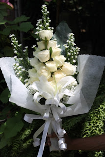 Jual Mawar Putih Yang Berkualitas Tinggi