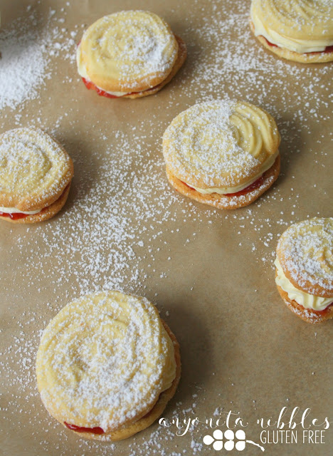 Gluten free Viennese Whirls with strawberry jam and vanilla buttercream | Anyonita Nibbles