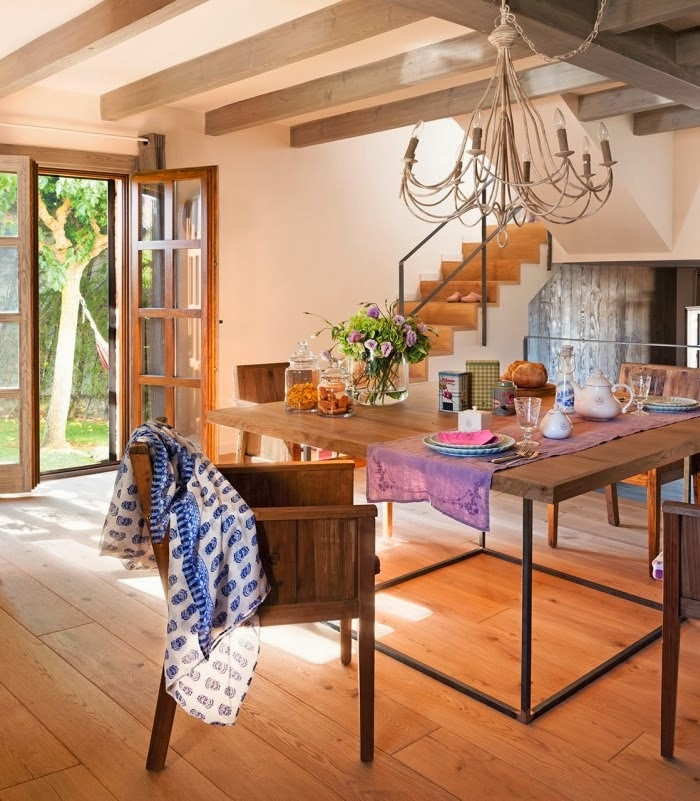 Casa de Campo deliciosamente decorada: a madeira dá o charme. Blog Achados de Decoração