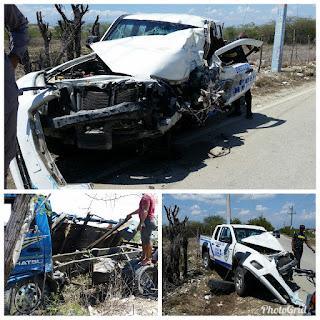 Choque entre camión y camioneta deja varias personas heridas de gravedad en Vicente Noble