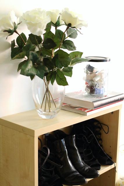 Fake, flowers,white, roses, elle, shoe, storage, uni, university, halls, nail, varnish, take, bring, list, help, advice