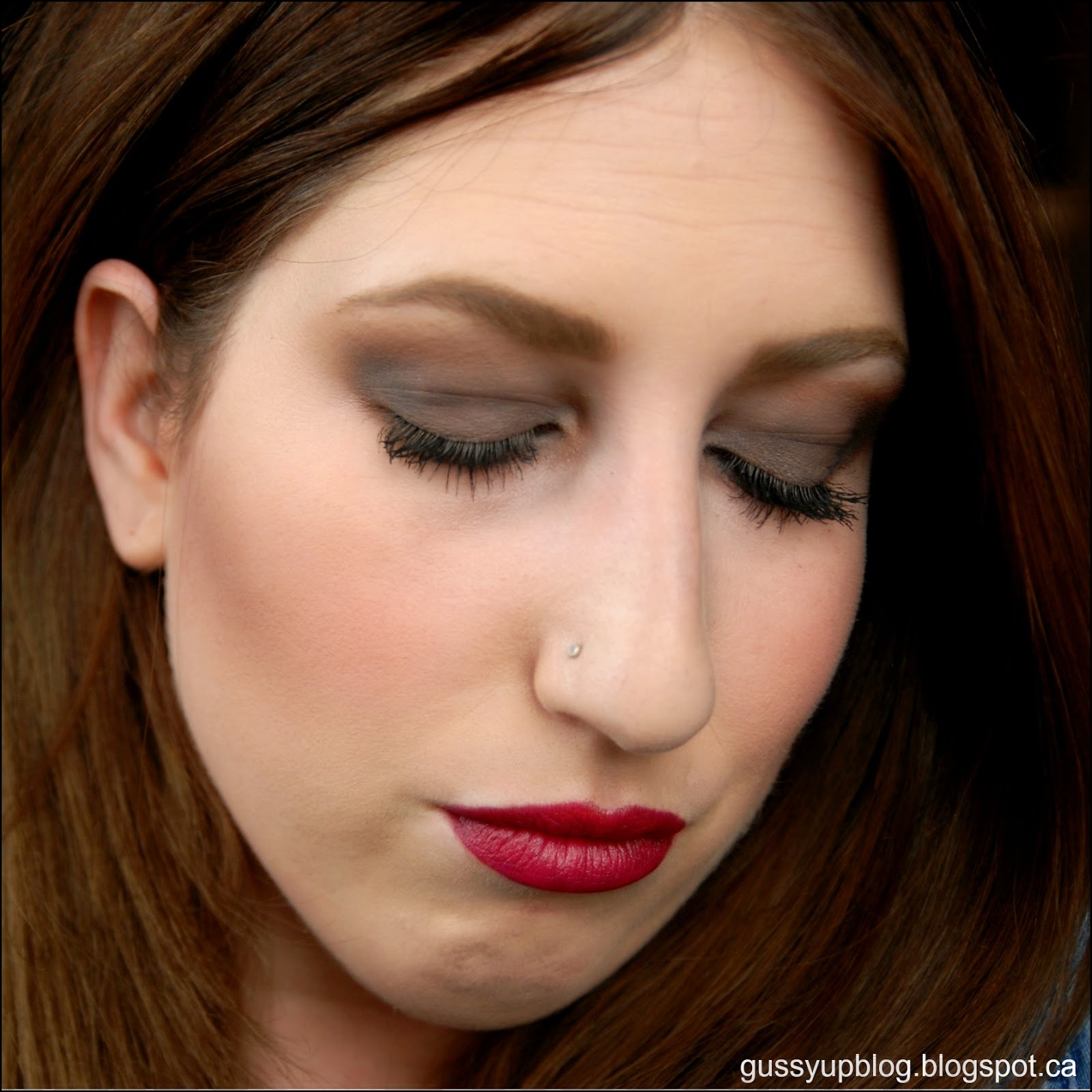 ON TREND: Modern take on 90's GRUNGE Makeup, Tutorial ...