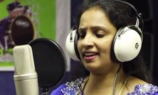 Paadava Un Paadalai – Singer Kavitha