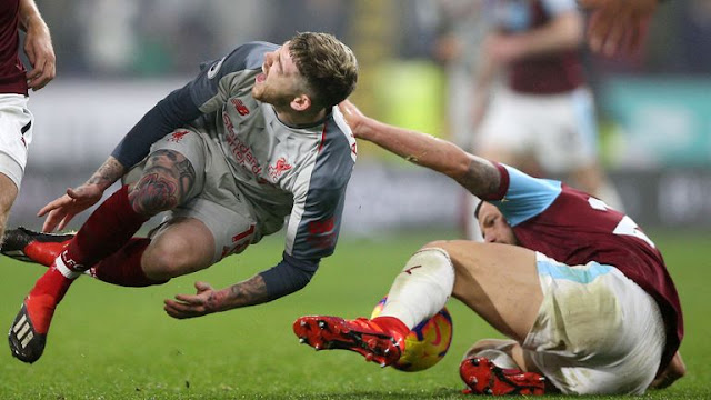 Liverpool's Joe Gomez gets Injured In Burnley away win