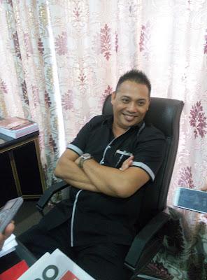 Denny Sumolang.