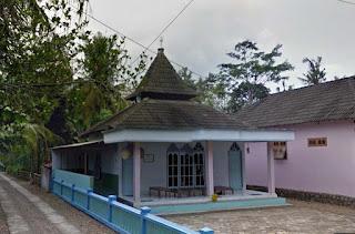 Mushola Dusun Nglebeng Hadiluwih Ngadirojo Pacitan