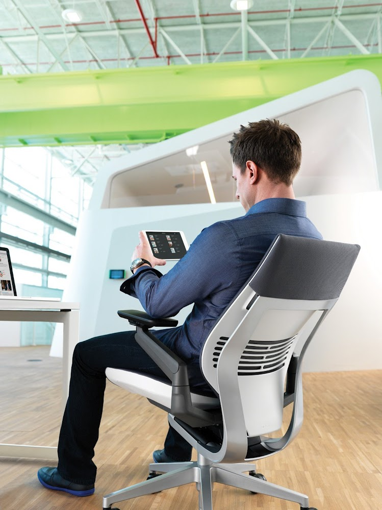ergonomic-top-of-the-range-comfortable-office-chair
