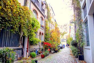 Paris : Villa Santos-Dumont en automne - XVème