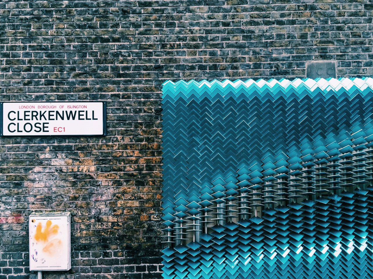 giles-miller-billboards-clerkenwell-02